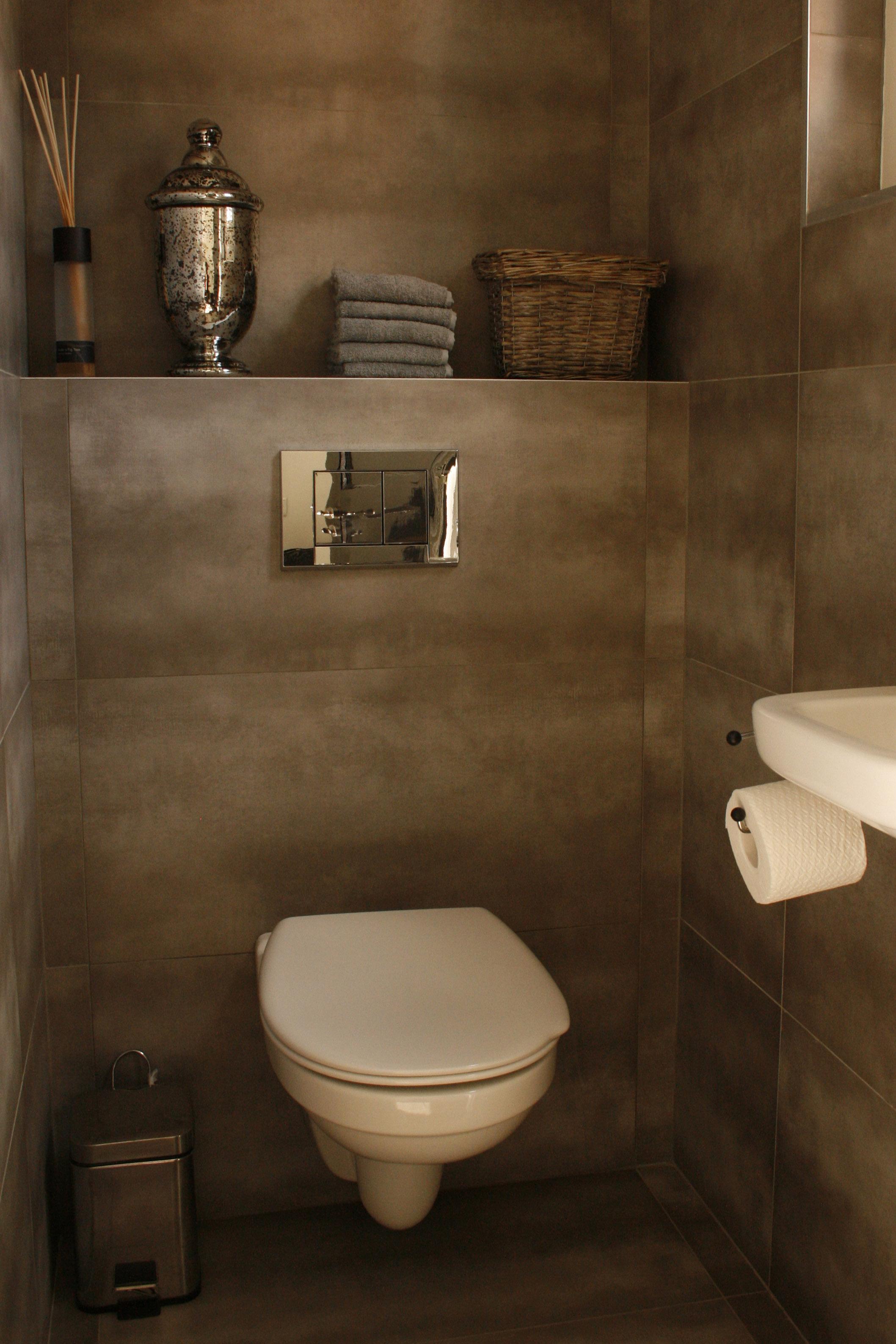 Tegelwerk badkamer particulier woonhuis baarlo - Badkamer keramische foto ...