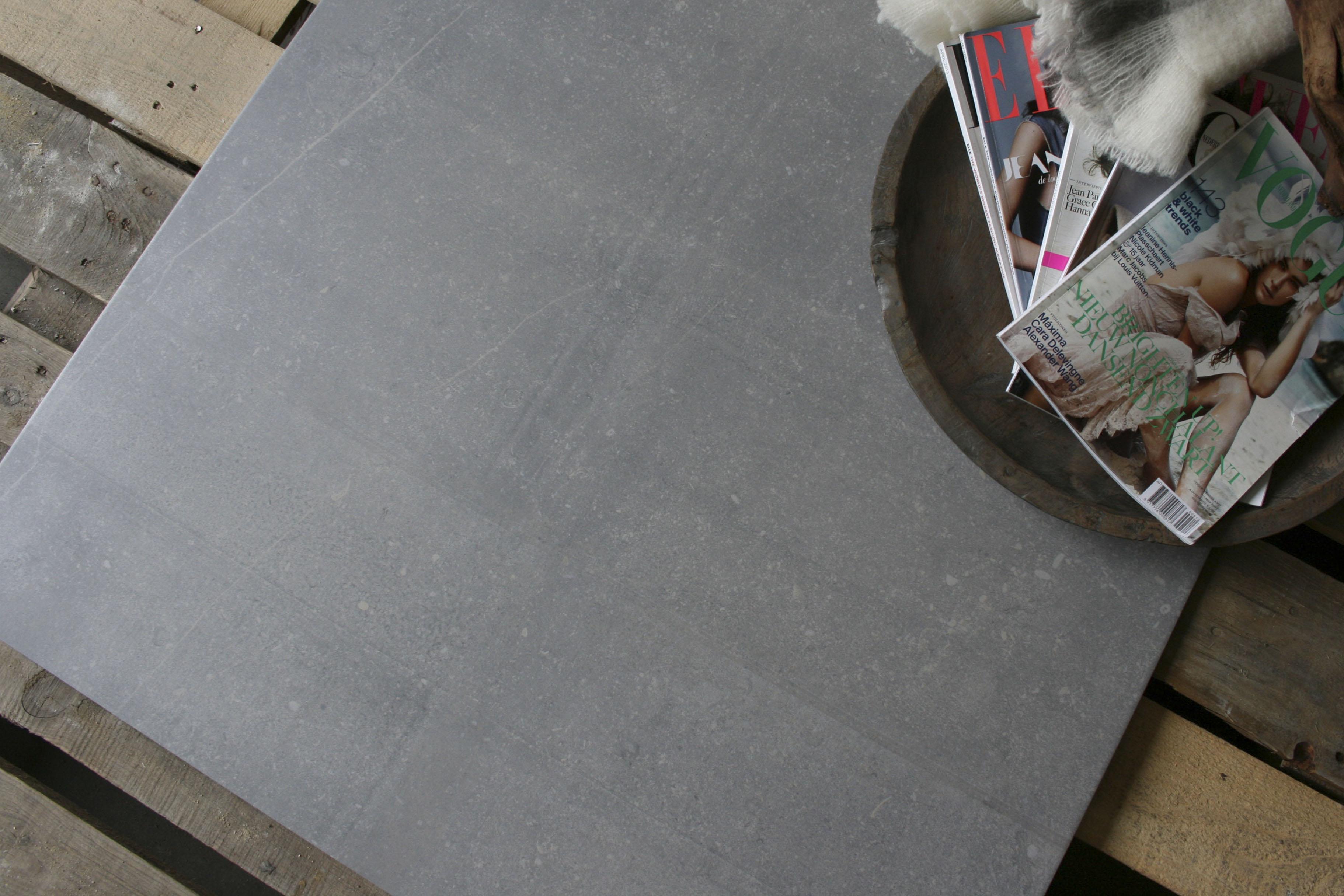 keukentegels groot : Showroom W Vd Eijnde Someren Mooi Groot Formaat Tegels In Betonlook
